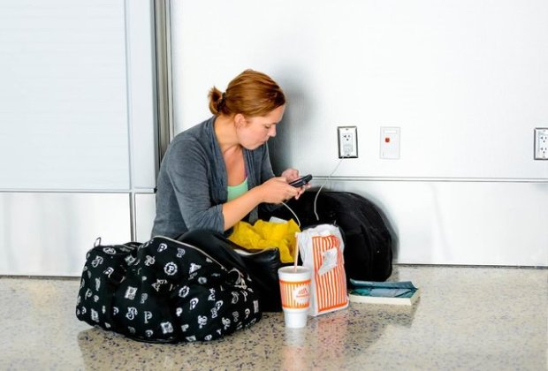 the-14-definitive-rules-of-the-airport-charging-station