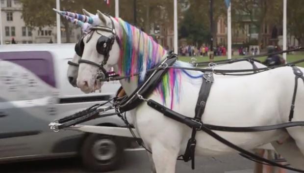 unicornio-lateral